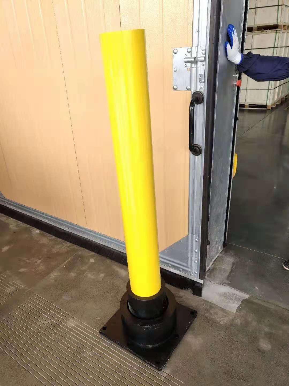 钢制柔性防撞柱